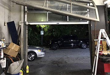 How To Operate Your Garage Door During An Emergency
